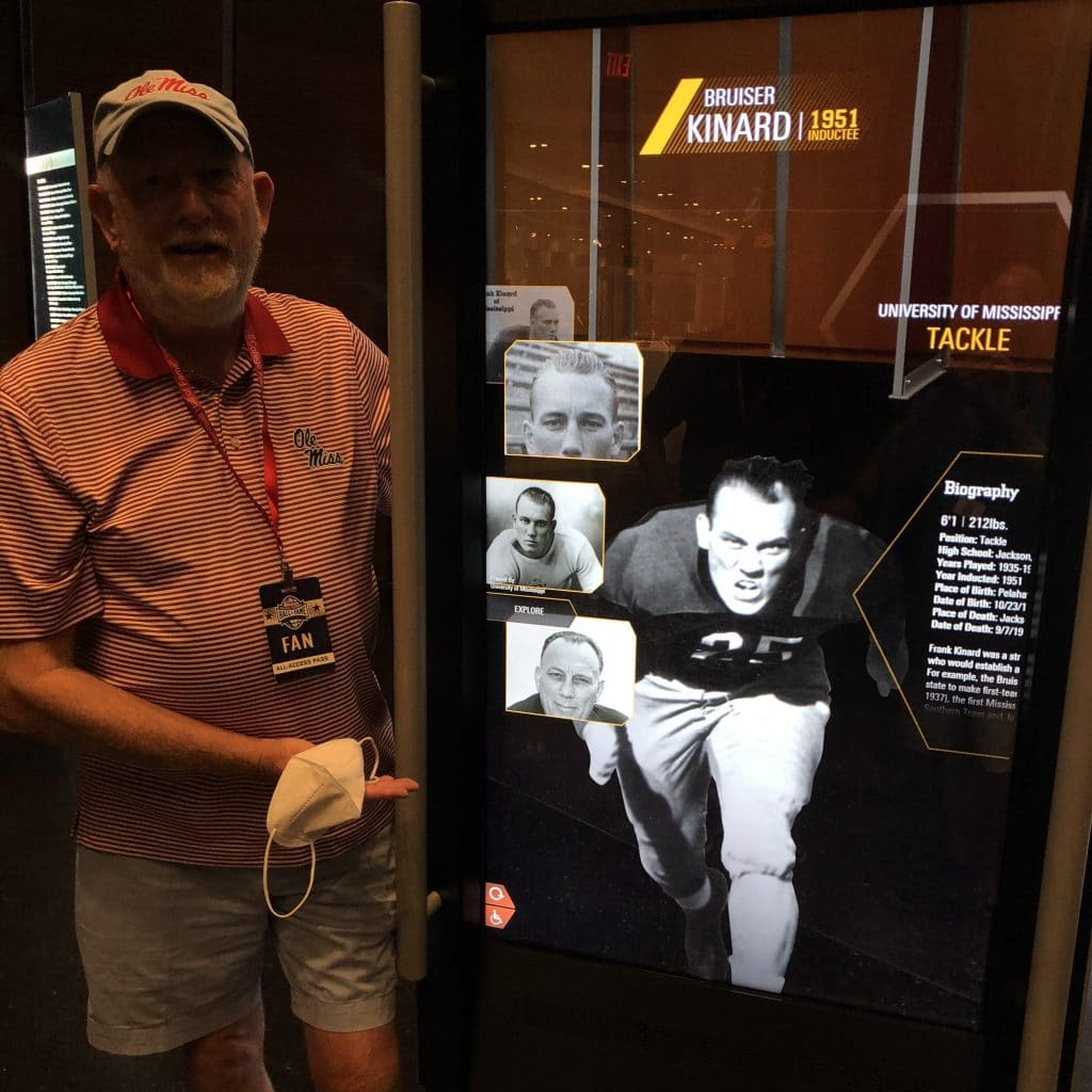 Mississippian in the college football hall of fame