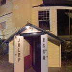 Elvis Presley used to hang out at this bar in Ocean Springs