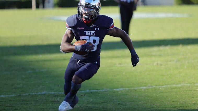Jackson State football player awarded scholarship